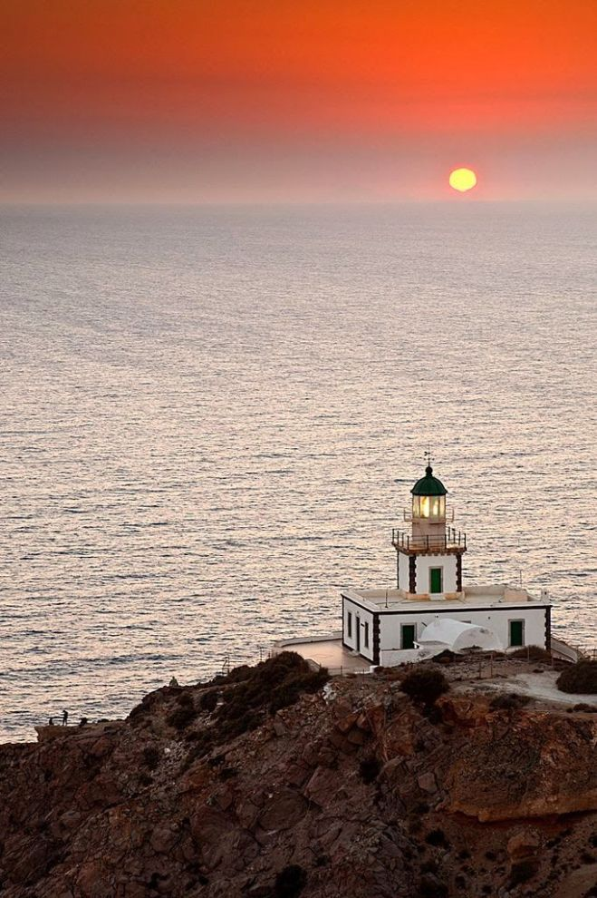 Akrotiri Lighthouse_Santorini_Greece