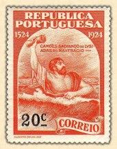 selo-Camoes-salvando-os-lusiadas-do-naufragio 1924